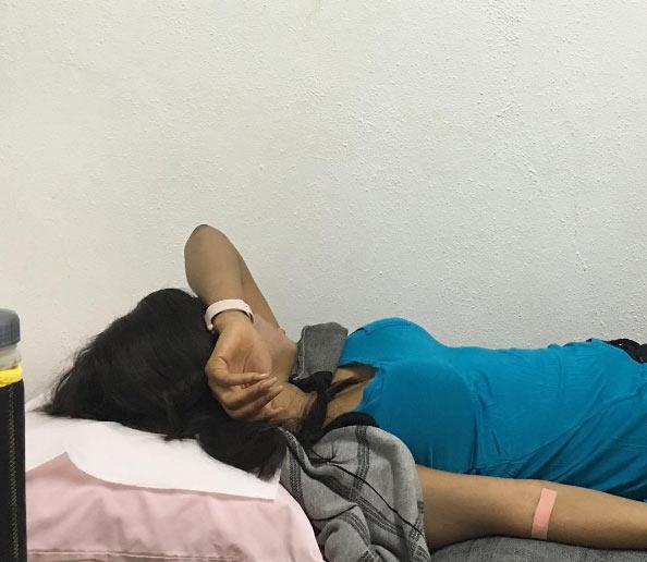 "Toke Makinwa laments poor health, shares ""hospital bed selfie"""