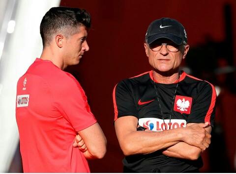 Poland sack Coach