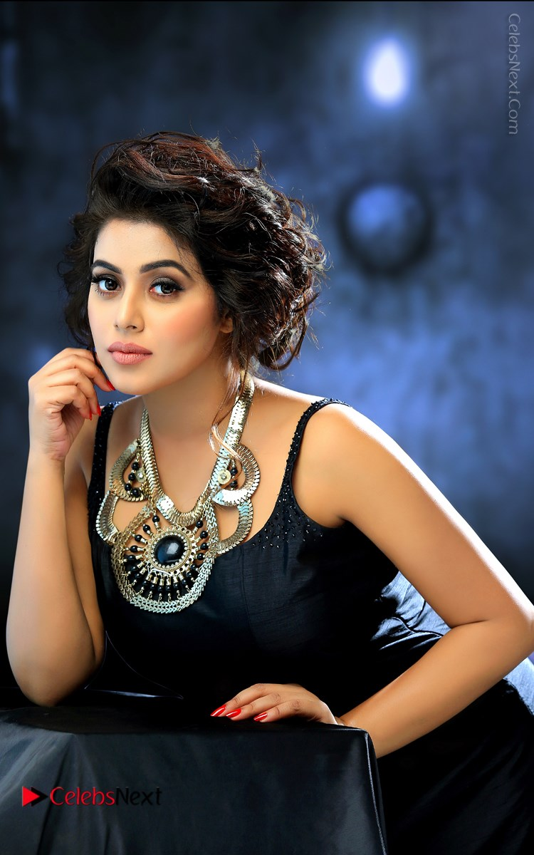 Poorna Latest PhotoShoot Gallery