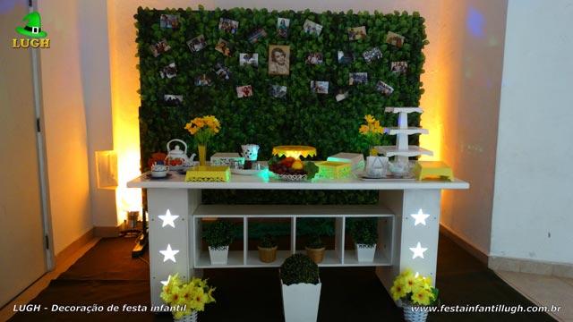 Decoração mesa provençal básica para festa de aniversário tema Chá da Tarde