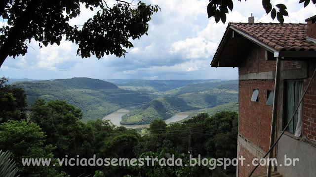 Vista panorâmica do Rio das Antas, Belvedere Ferradura