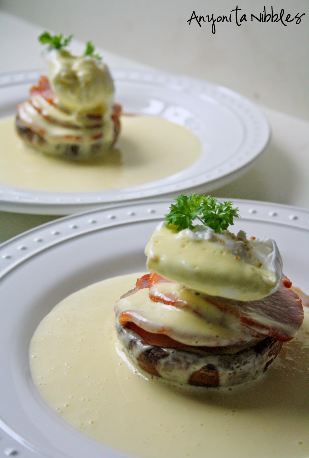 Using the blender to emulsify is a quick trick that results in foolproof Hollandaise sauce from Anyonita Nibbles