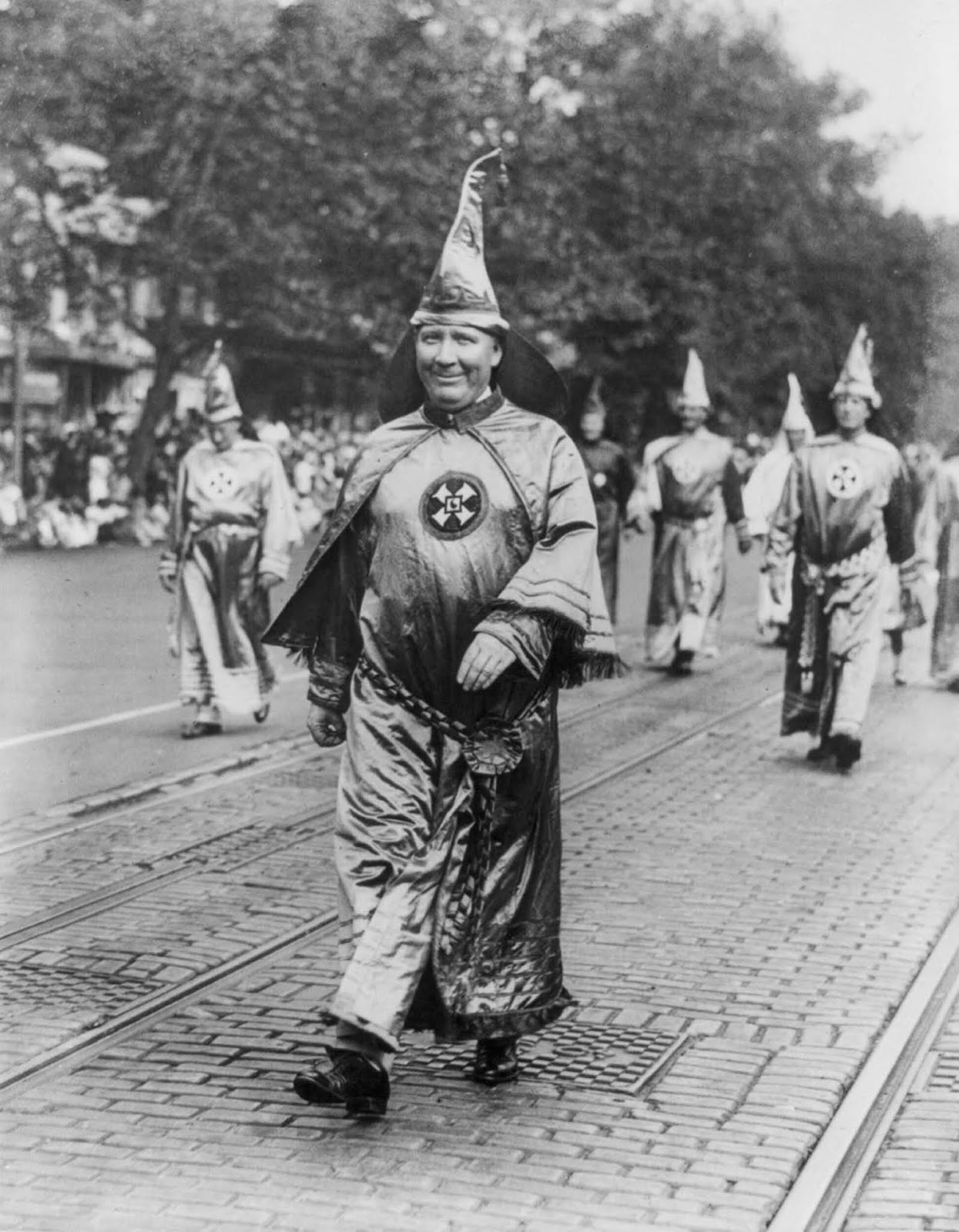 Dr. H.W. Evans, Imperial Wizard of the Ku Klux Klan, walks in the parade.