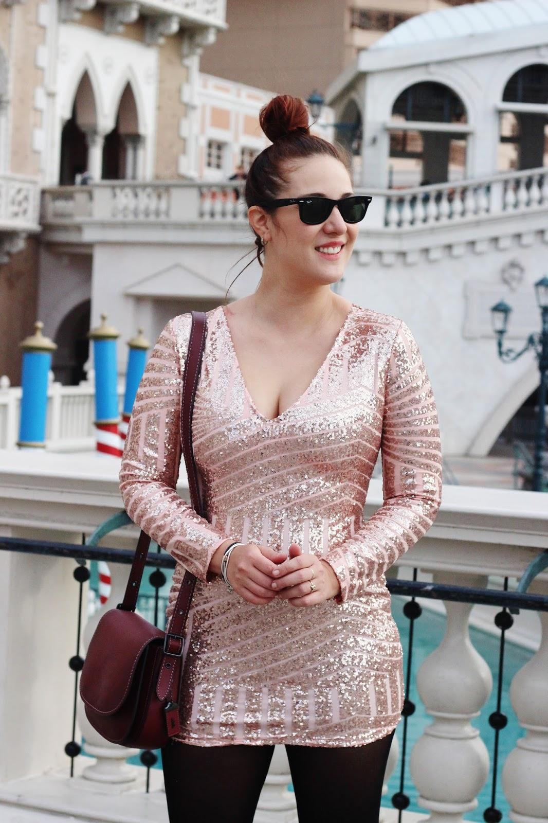 vestido rosa de lentejuelas