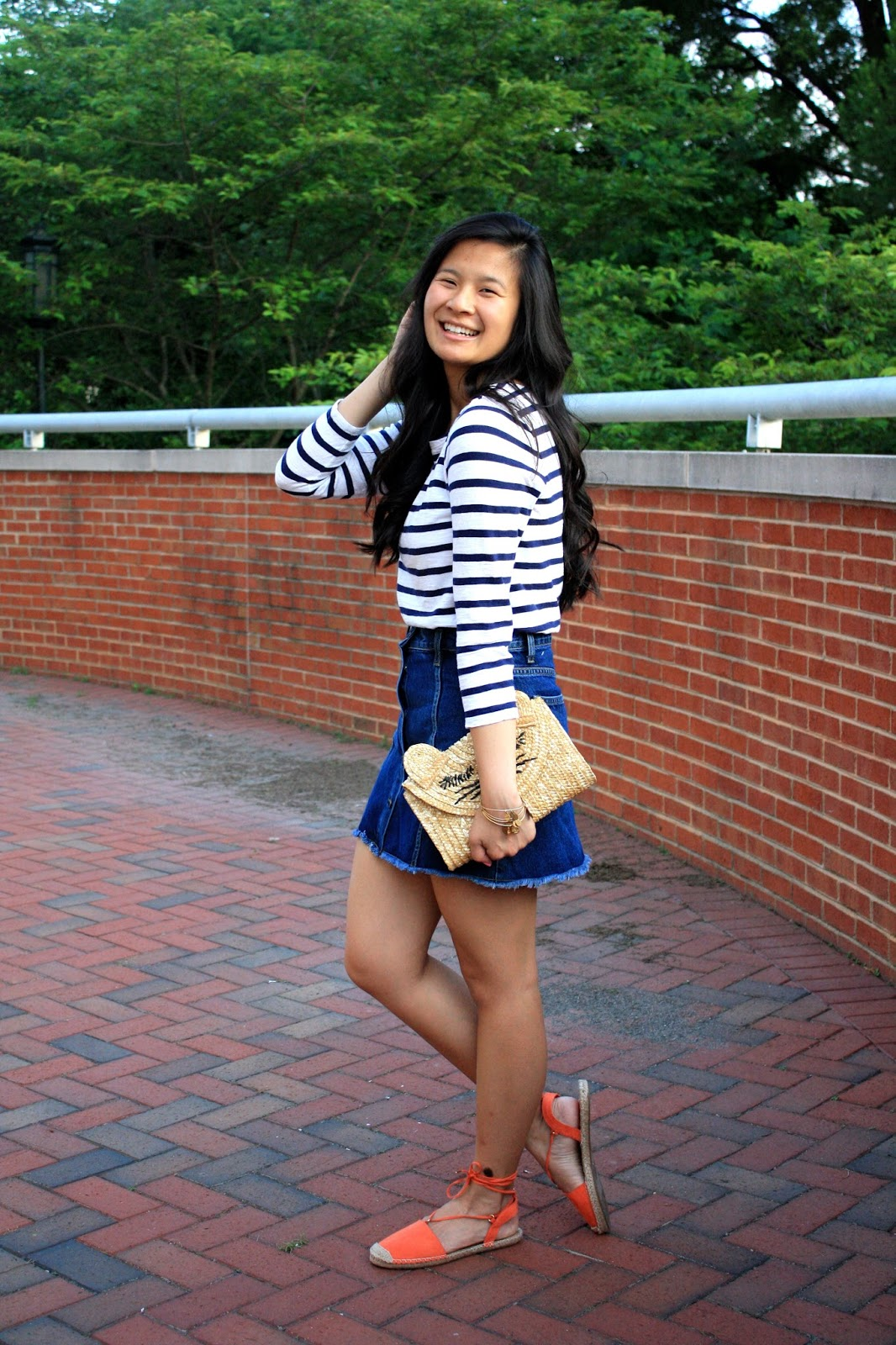 How to style a denim skirt
