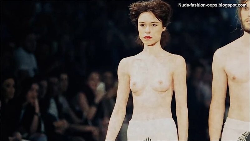 naked models catwalk