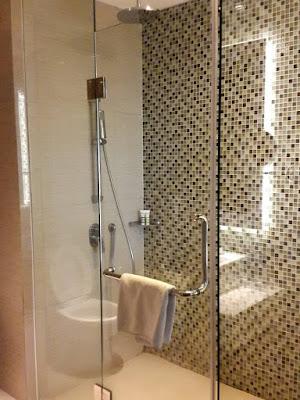 Bathroom at Hotel Mercure Bandung Setiabudi