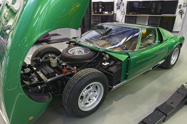 Lamborghini Miura SV restaurado por Polo Storico