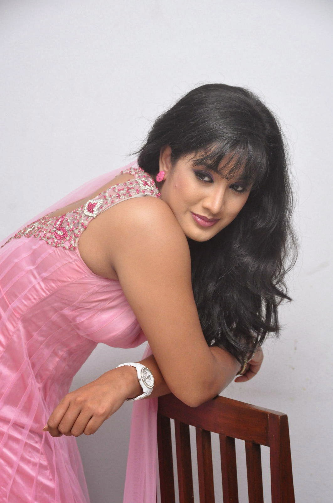 Tamil Tv Serial Actress Sujitha-8259