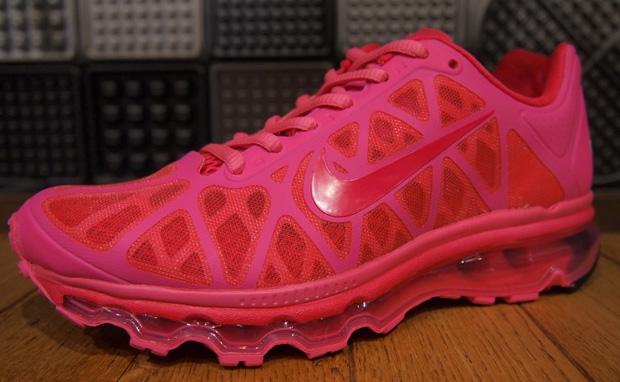 quality design c3e42 3013b Tous les quatre utilise coloris dynamiques et disposent d une unité Nike  Air Max 1 d air unique qui fait la longueur de la chaussure. Recherchez-les  à ...