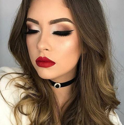 maquiagem batom vermelho