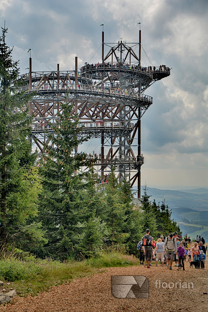 Sky Walk to najnowsza atrakcja ośrodka w czeskiej miejscowości Dolni Morava i jedna z największych atrakcji turystycznych Czech.