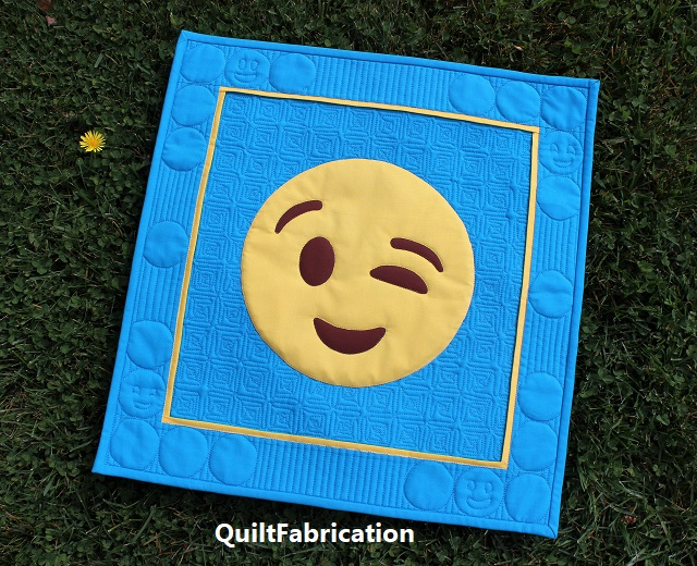 Hey Friend! Emoji quilt by QuiltFabrication