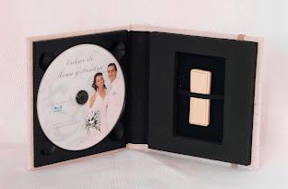 estuche para 1 DVD + 1 USB acabado en lino crudo abierto