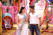 Sarrainodu movie photos gallery-thumbnail-1