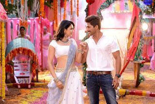 Rakul Preet Singh Looks Stunning with Catherne Tresa and Allu Arjun in movie Sarrainodu