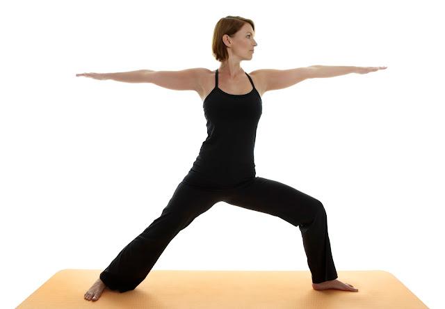 bo tui ngay 5 bai tap yoga tot cho suc khoe cua phai dep