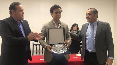 galdos premiado centro taurino lima 2018 torero matador trofeos