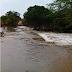 Chuva forte faz represa transbordar no povoado Beira Rio, Capela do Alto Alegre