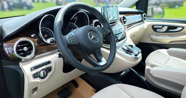 Nội thất Mercedes V250 Avantgarde 2018 được thiết kế sắc sảo và tinh tế
