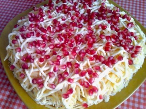 Салат Вкусняшка  пошаговый рецепт с фото на Поварру