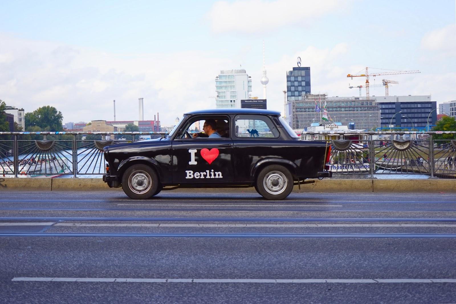Le Chameau Bleu - I love Berlin