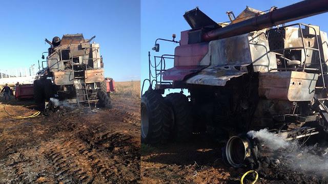 Máquina agrícola pega fogo na zona rural de Santo Antônio do Jardim (SP)