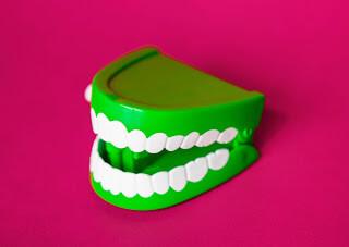 تبييض الاسنان،الاسنان،تجميل