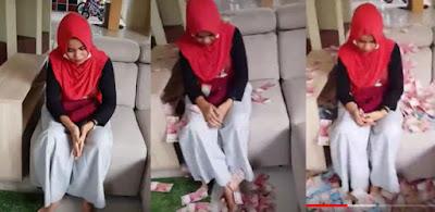 Suami Direbut, Sahabat 'Mandikan' Tubuh Pelakor Pakai Uang 500 Juta, Lihat Videonya