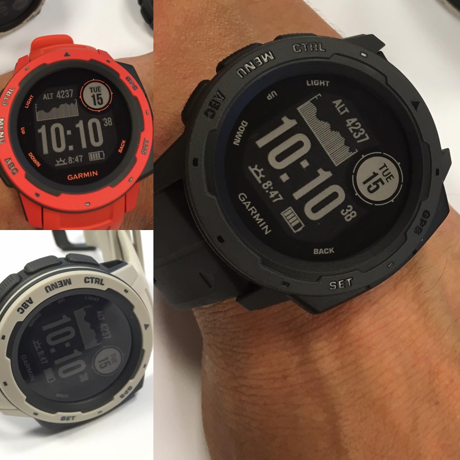 Je to zajímavý designový kousek a u GPS hodinek jedinečný. A musím říct 61a532d639