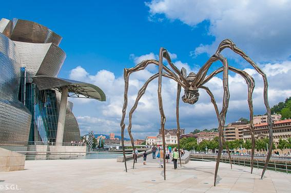Museo Guggenheim en Bilbao. Revista Blogirls