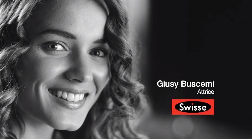 Nome modello e modella Swisse Giusy Buscemi con Foto - Testimonial Spot Pubblicitario Swisse 2016