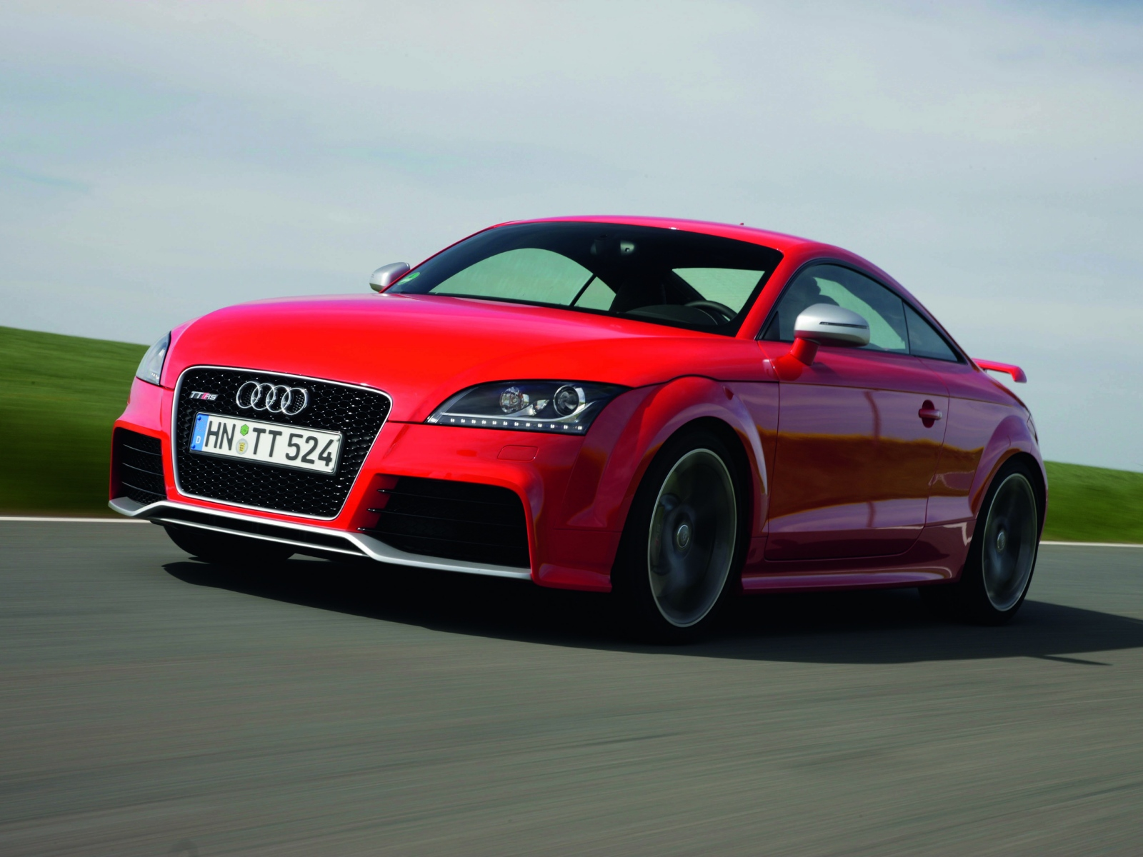 2010 audi tt rs coupe wallpapers pictures specifications interiors and exteriors images. Black Bedroom Furniture Sets. Home Design Ideas