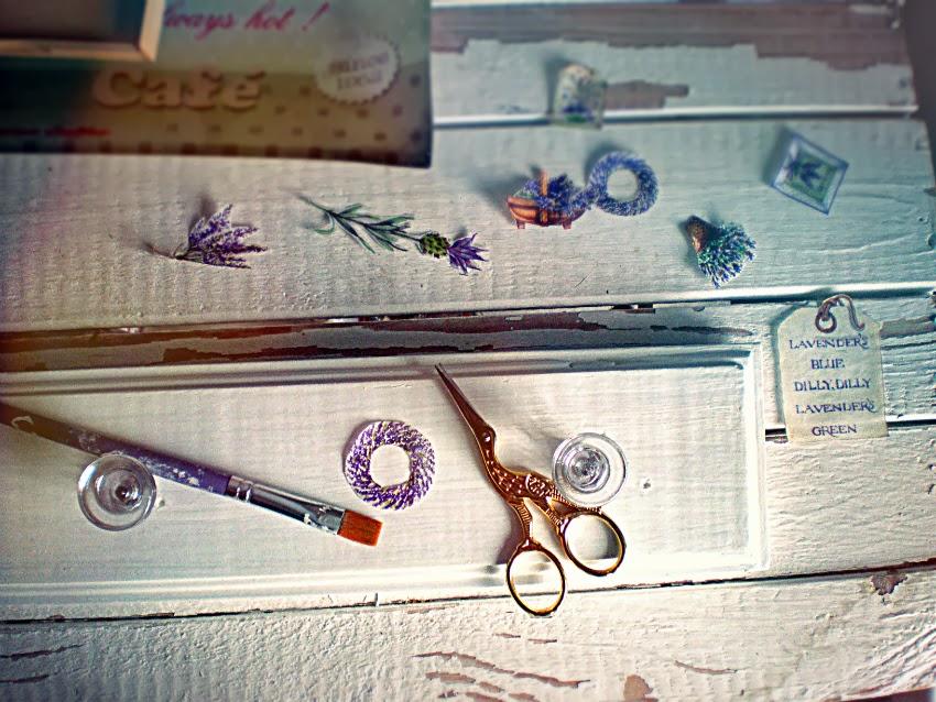 dekupažu dekoruota kabykla