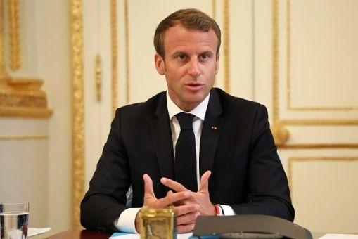 Macron plantea recortar cuatro mil empleos de función pública