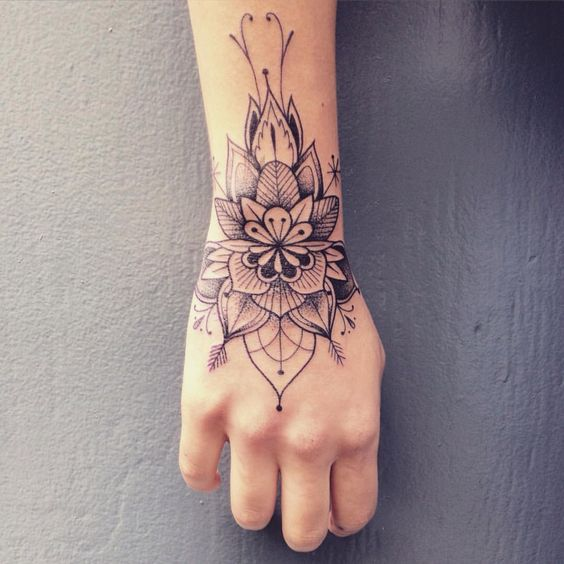 Perfect Feminine Wrist Tattoos