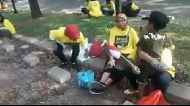 Terbongkar, Massa Alumni UI Abal-Abal Dukung Jokowi