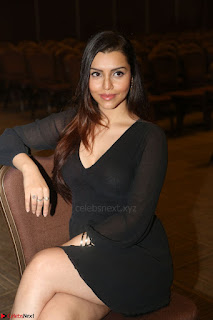 Kyra Dutta in black At Rogue Movie Audio Launch ~  008.JPG