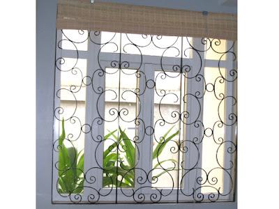 Mẫu cửa sắt nhà ống làm cửa sổ
