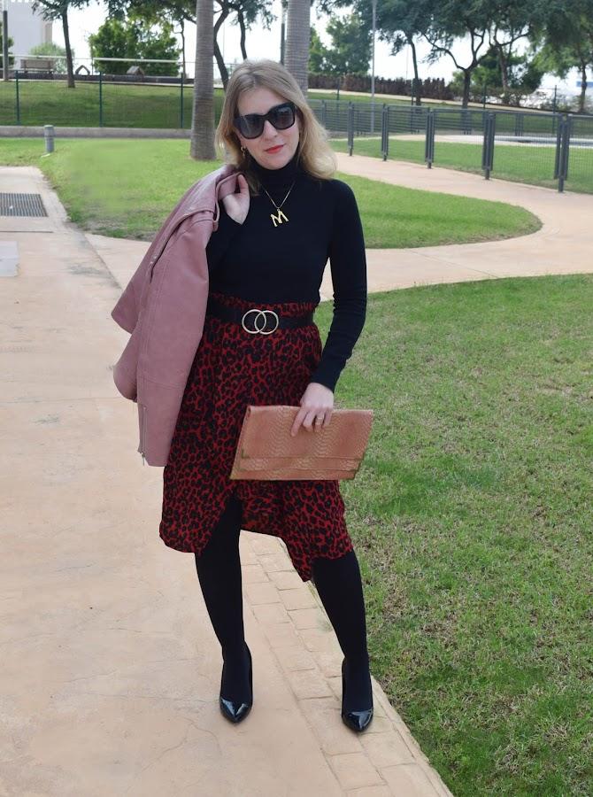 Propuesta_Look_para_Navidad_falda_leopardo