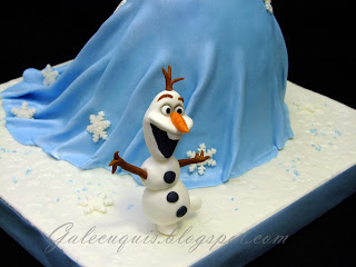 Olaf con tarta vestido