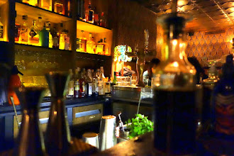 Nightlife : Moonshiner, le bar à cocktails bien caché, ambiance fredaine et speakeasy - 5 rue Sedaine - Paris 11