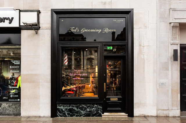 Ted's Grooming Room - #TedonTheStrand