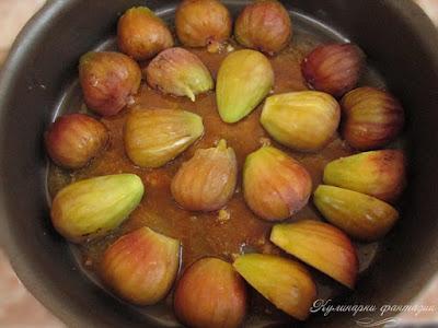 Плодов сладкиш със смокини и боровинки