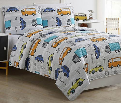 Kids Zone Casey Reversible Quilt Set