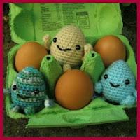 Huevos amigurumi