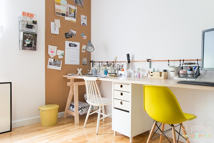 Piąty pokój | biurka polskiej blogosfery