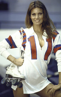 Raquel Welch sexy Kansas City Bomber 1972 roller derby