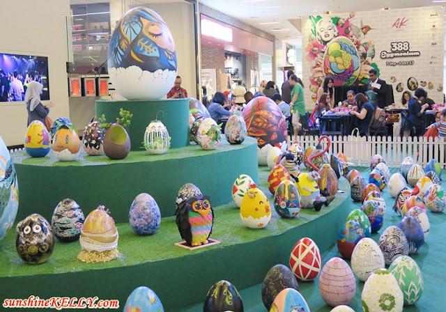 388 Eggmonium Hits Avenue K in Celebration of 2017 World Egg Day