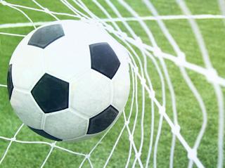 Teknik-Teknik Dasar Lengkap dalam Bermain Sepak Bola